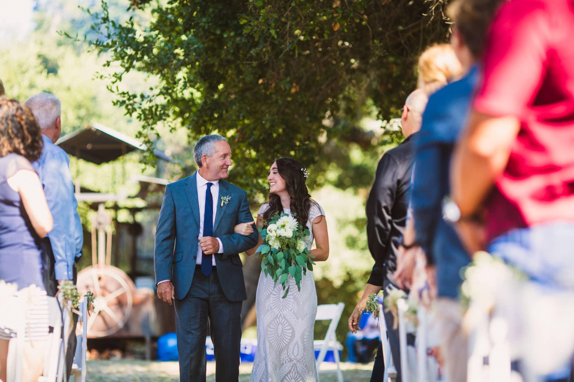 the Loomis Barn wedding photographer